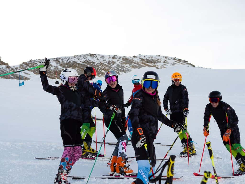 Telemark Team Germany beim intertnaionalen Trainingscamp in Hintertux