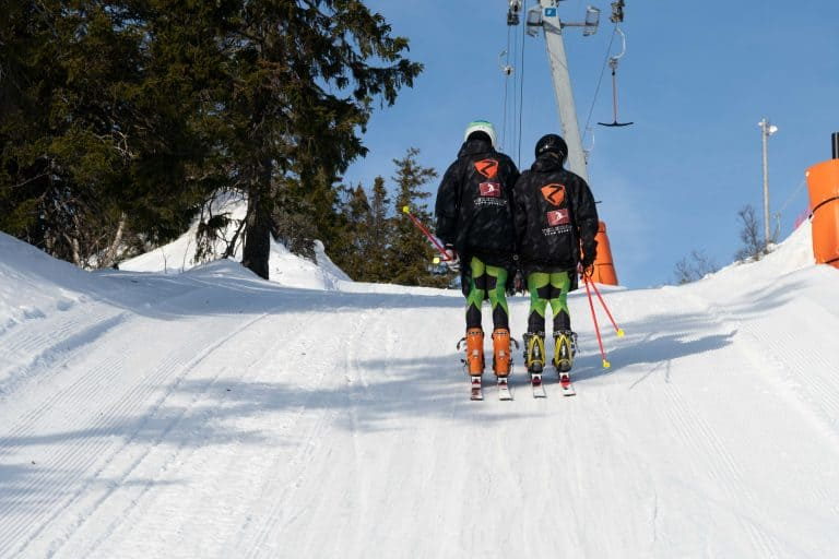 Thomas Orlovius und Christoph Frank im Schlepplift in Rjukan