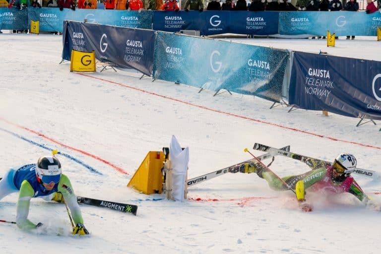 Jonas Schmid mit einem spektakulären Finish beim Parallel Sprint in Rjukan 19/20